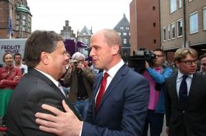 Jacques Tichelaar, Commissaris van de Koningin ontvangt PvdA partijleider Diederik Samson