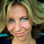Claudia de Breij Cabaretier Presentator Interviewer Boeken
