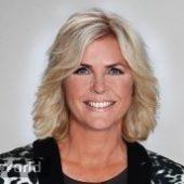 Irene Moors Presentator Presentatrice Actrice Typetje Boeken