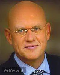 Karel van de Graaf Dagvoorzitter Presentator Journalist Spreker Boeken