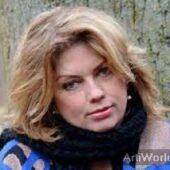 Annemiek Schrijver Presentarice Interviewer Boeken